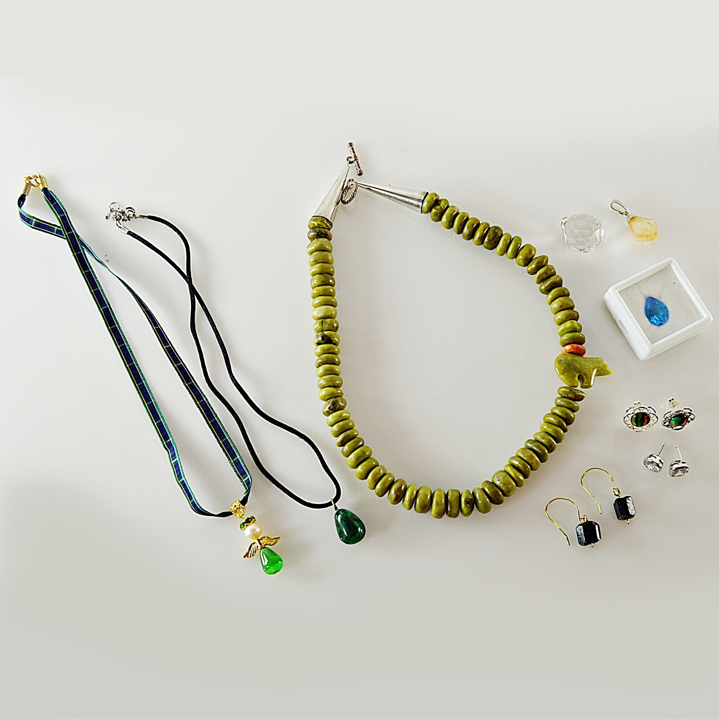 Stone Jewelry with Coral, Malachite, Citrine and Blue Topaz Stone