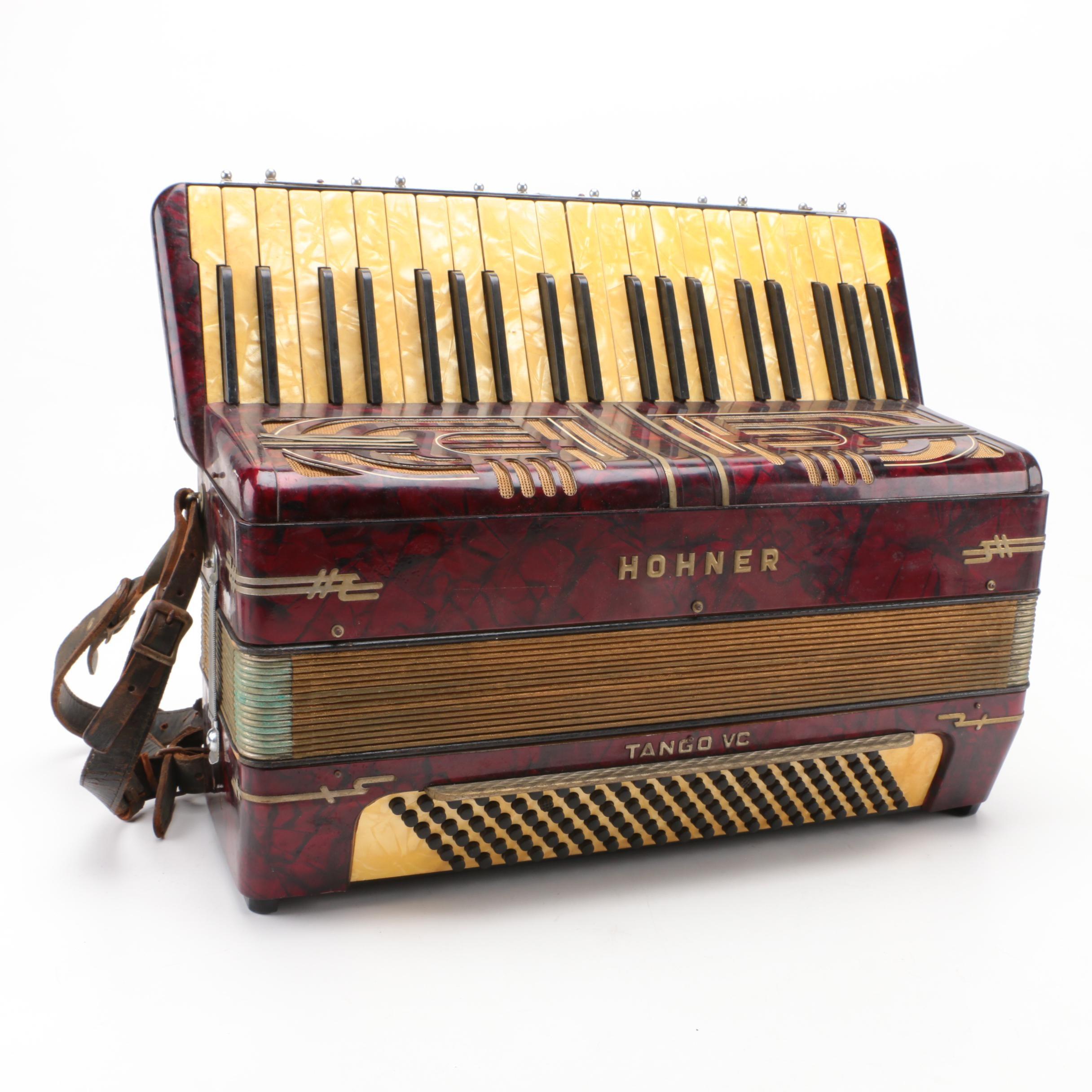 Circa 1930s Hohner Tango VC Piano Accordion