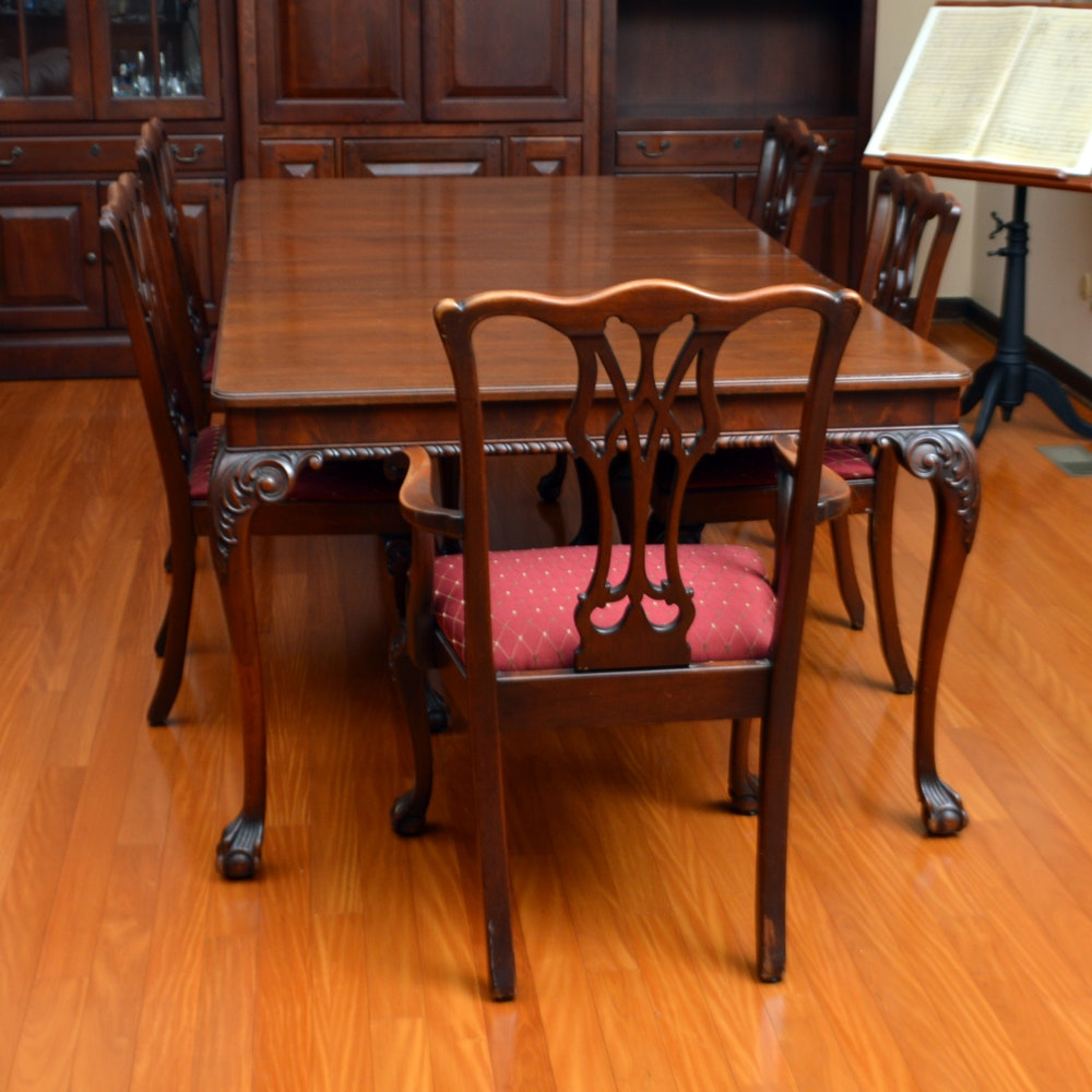 Vintage Chippendale Style Mahogany Dining Table And Chairs ...