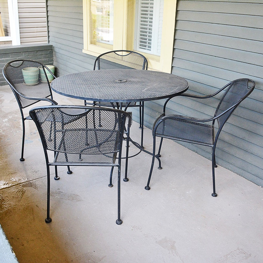 Round Metal Patio Table and Four Chairs