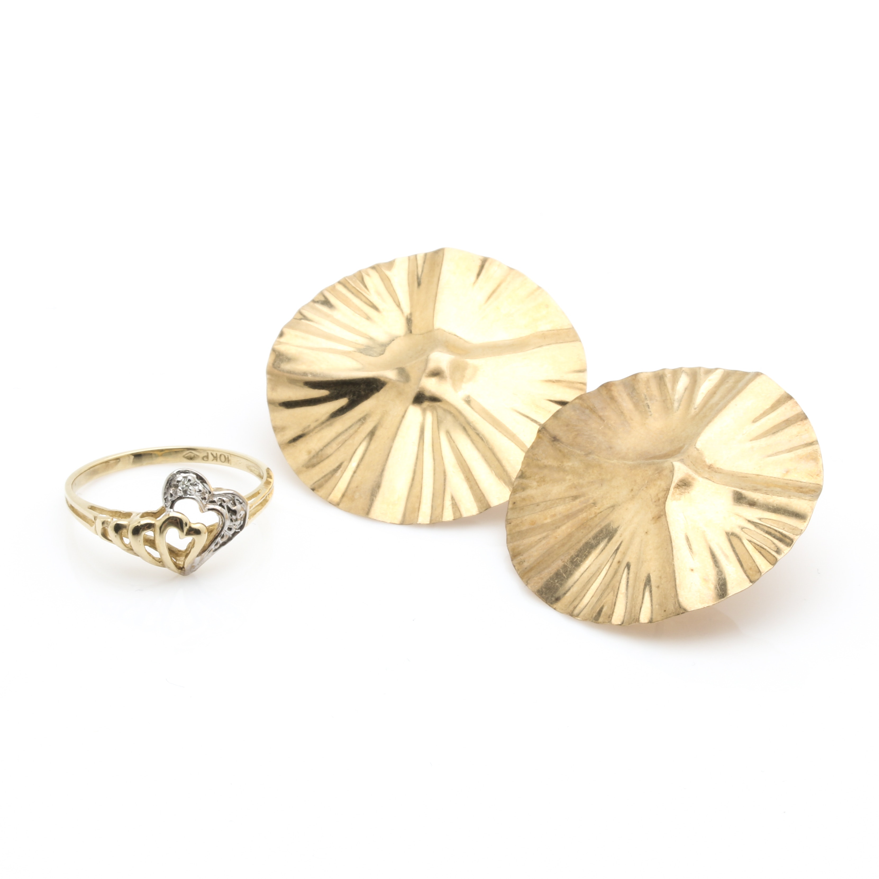 Assortment of 14K Yellow Gold Stud Earrings and 10K Yellow Gold Diamond Ring