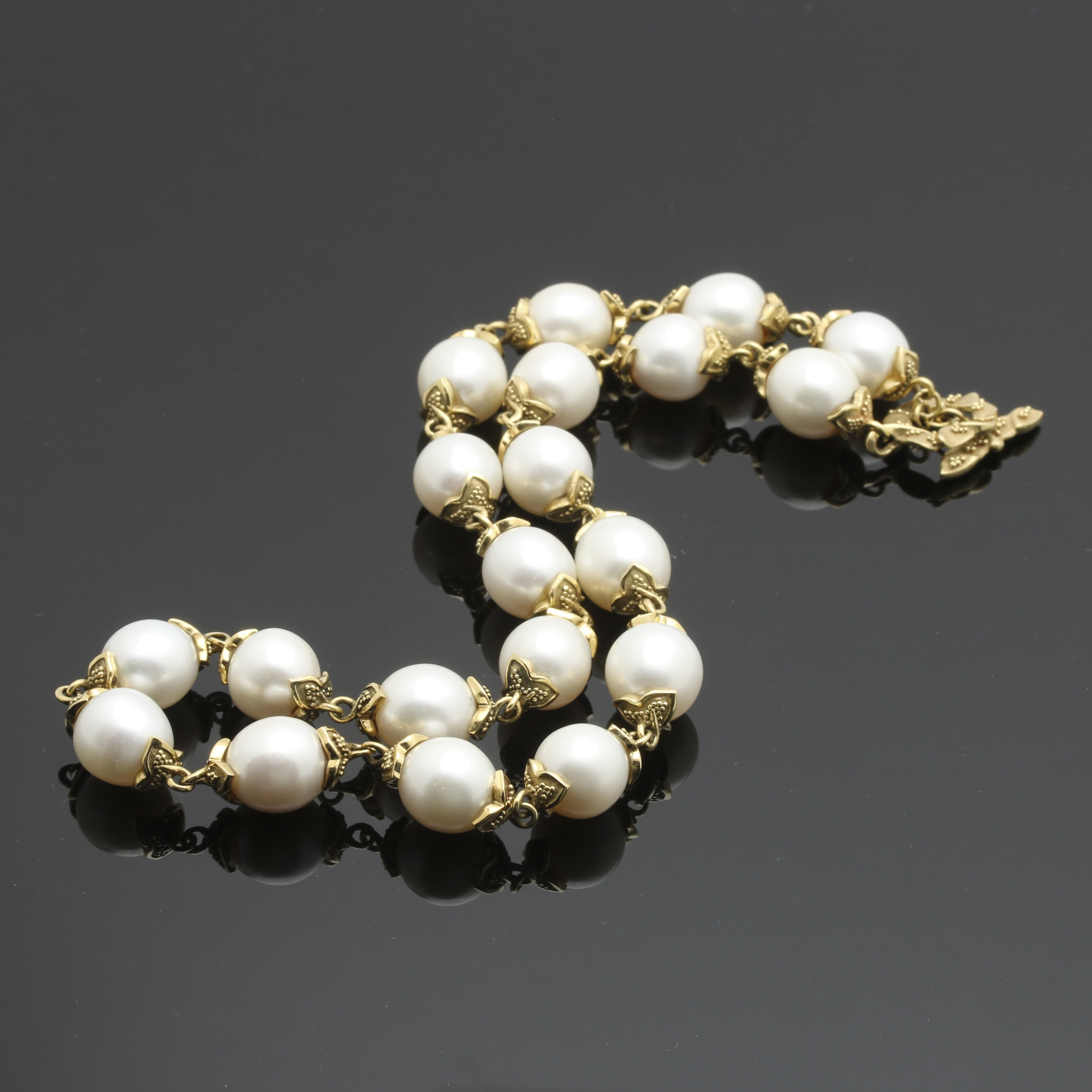 18K Yellow Gold Pearl Link Necklace