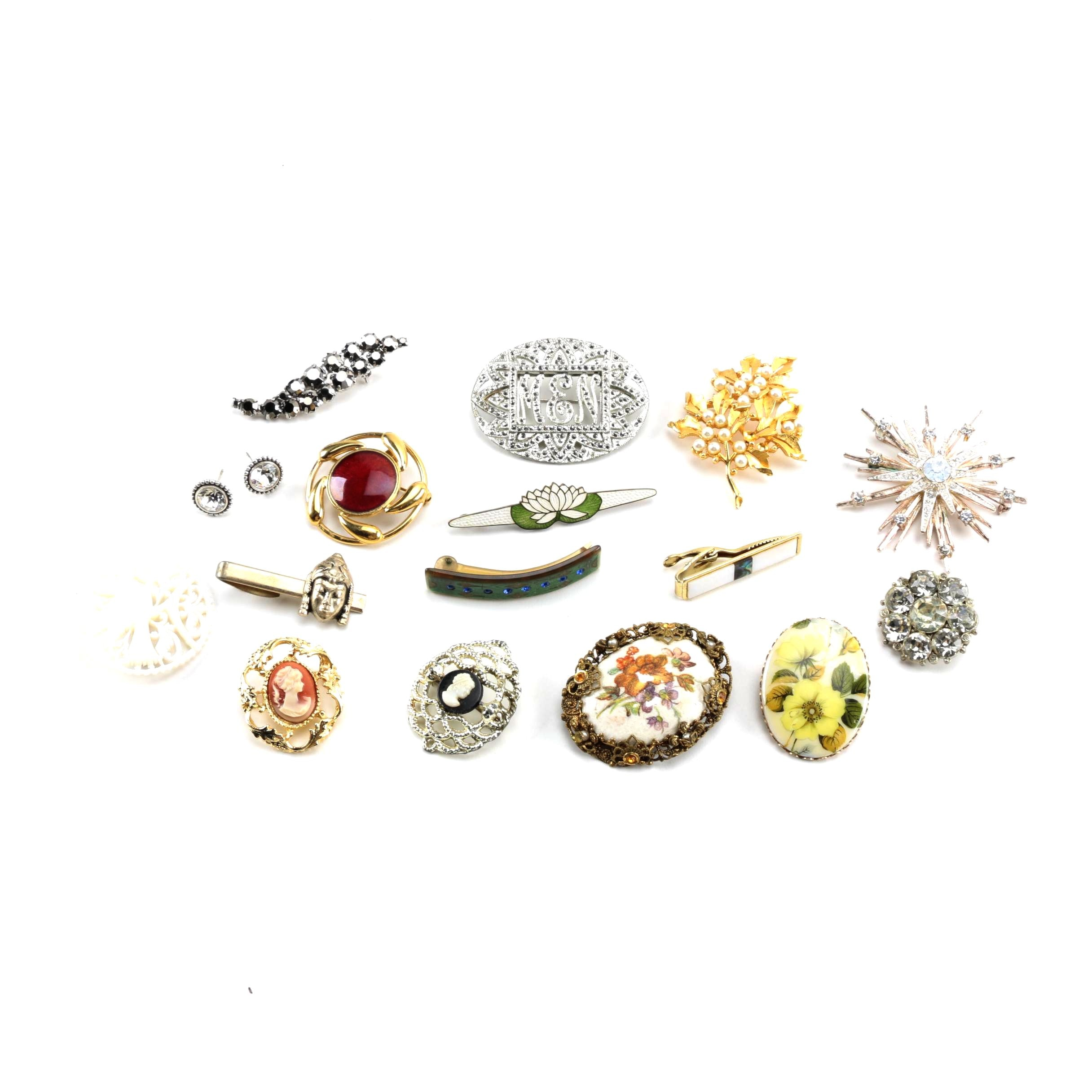 Assortment of Vintage Jewelry