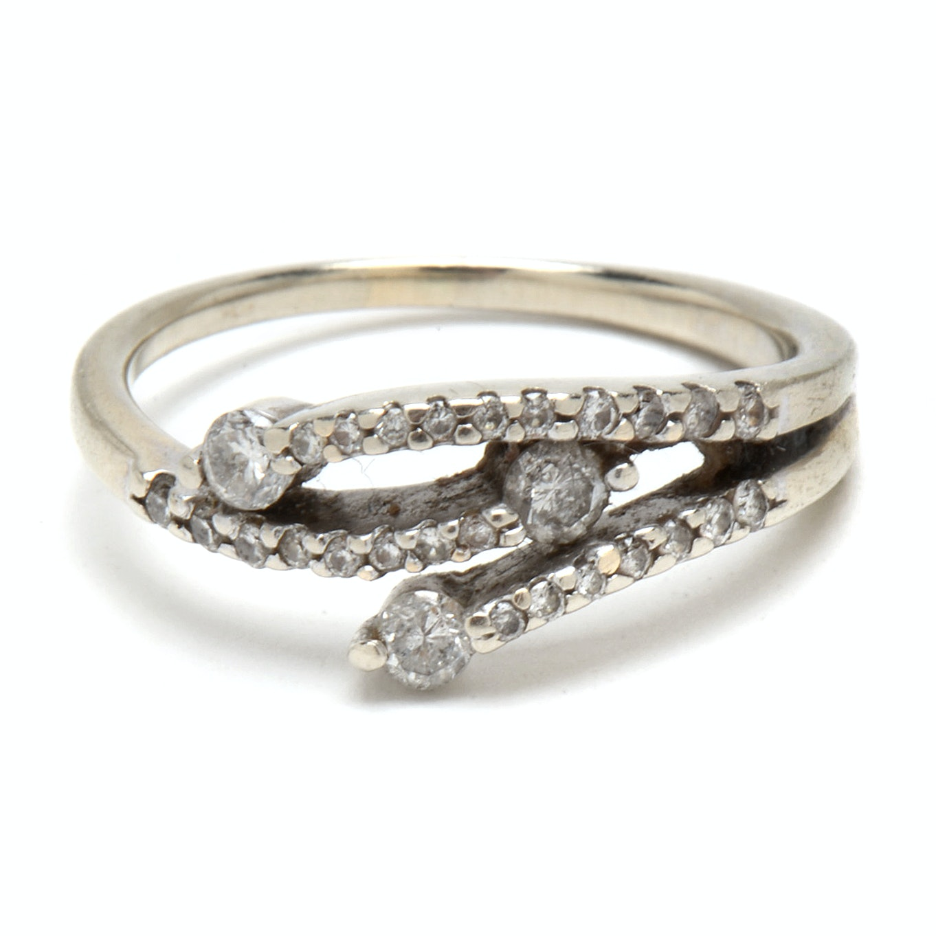 14K White Gold Diamond Foliate Design Ring
