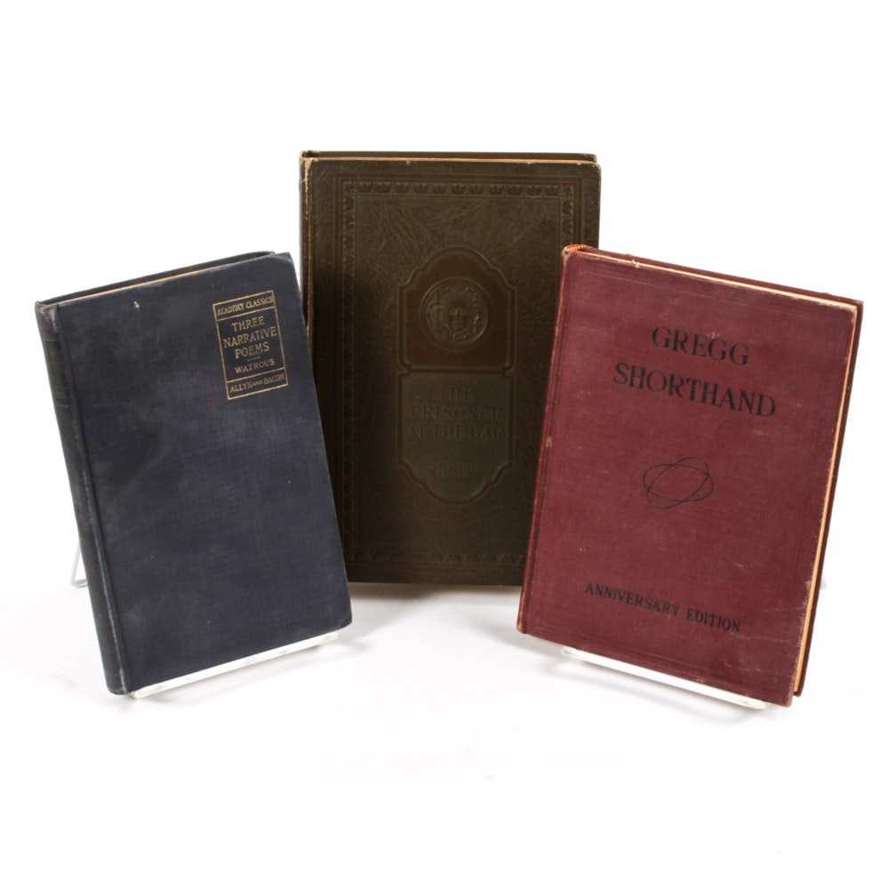 """Vintage Books Including 1926 """"The Prisoner at the Bar"""" by Arthur Train"""