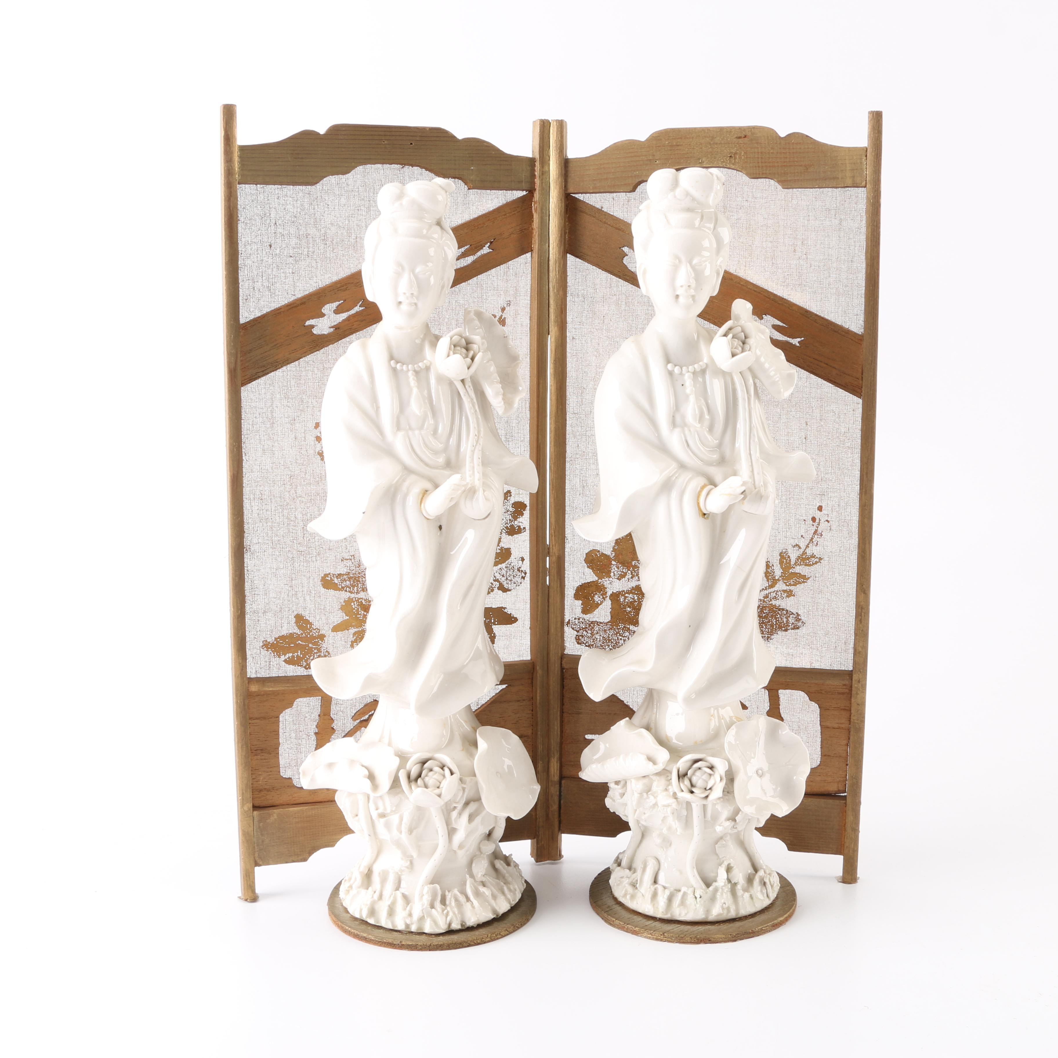 Pair of Chinese Guanyin Porcelain Figurines With Wooden Screen