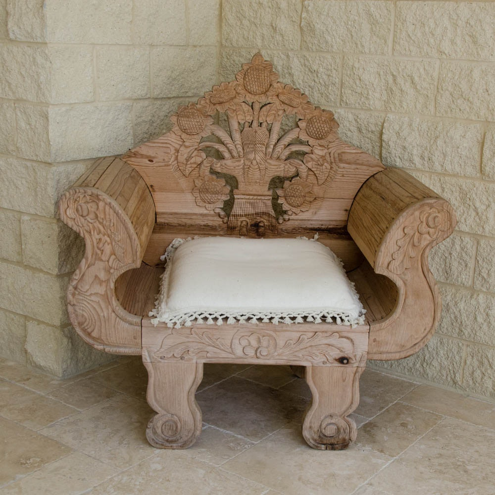 Rustic Ornate Ash Throne Chair