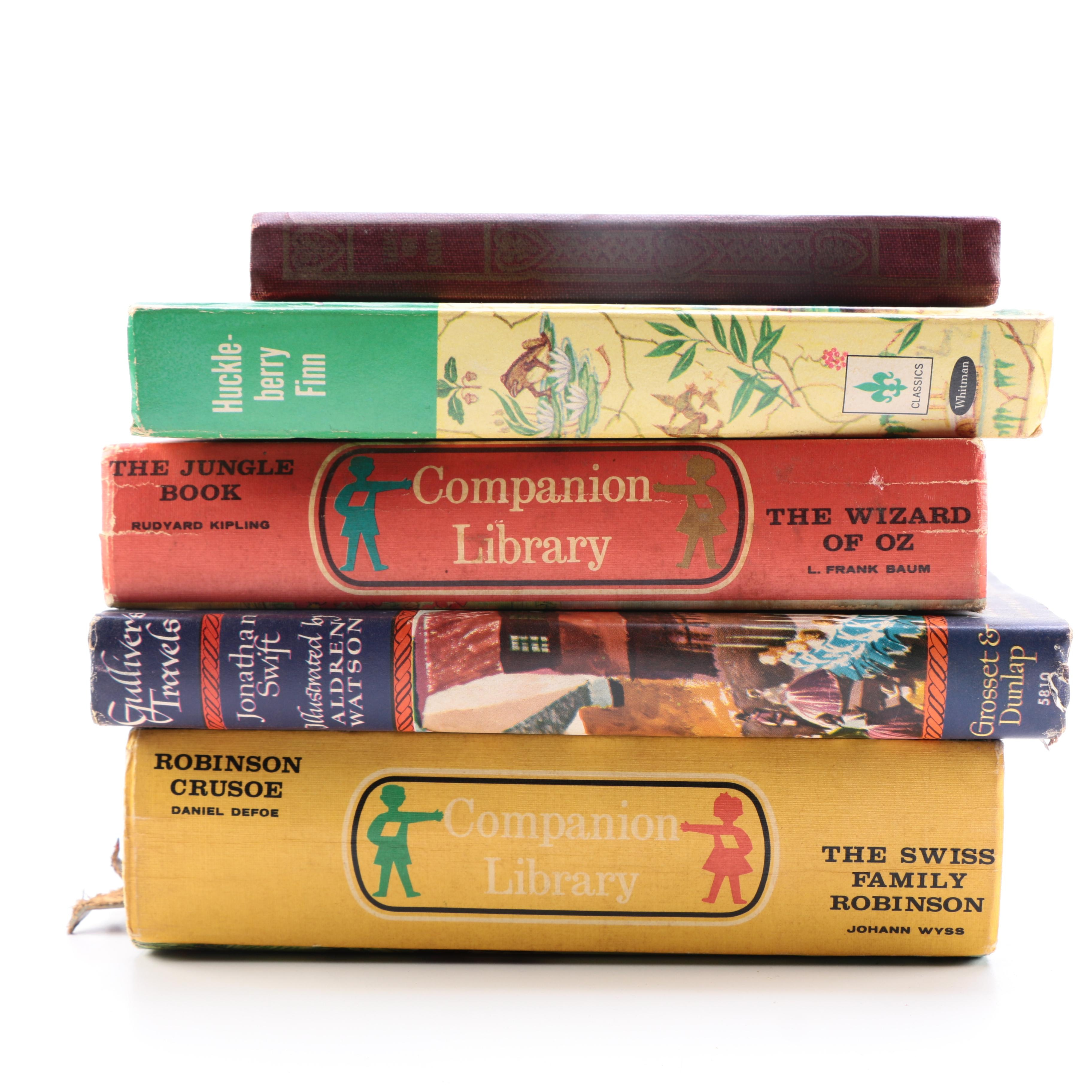 """Assortment of Young Reader Novels Including """"Gulliver's Travels"""" by Jonathan Swift"""