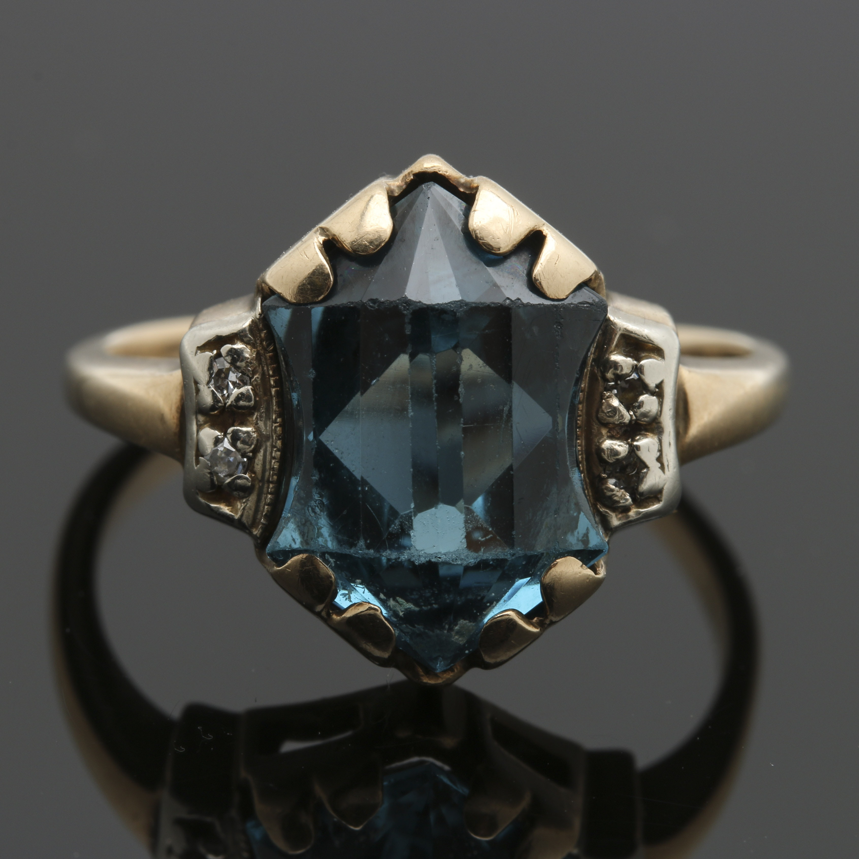 14K Yellow Gold Spinel and Diamond Ring