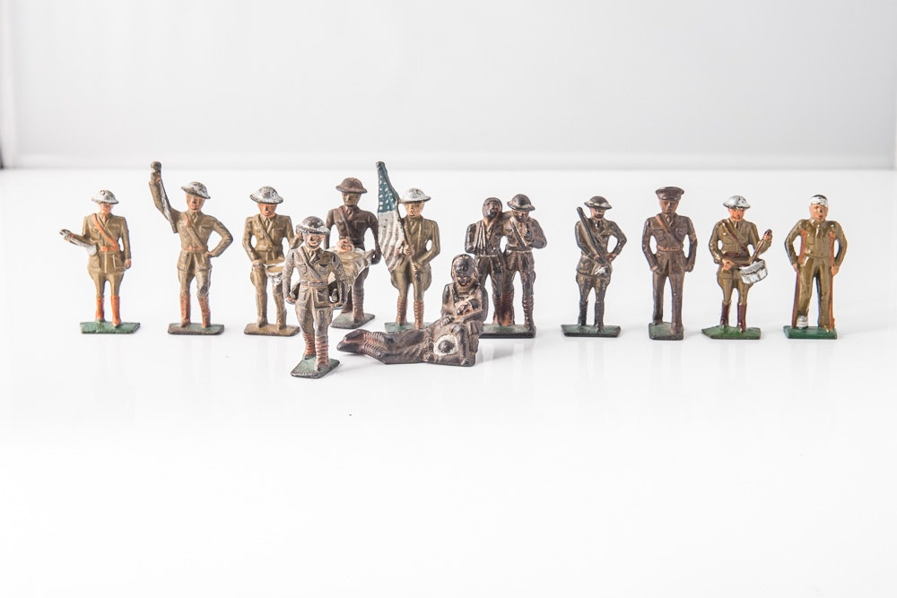 Set WWI Tin Soldiers