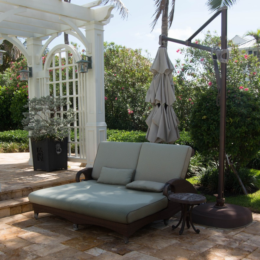 Sensational Double Outdoor Lounge Chair Patio Umbrella With Stand And Accent Table Bralicious Painted Fabric Chair Ideas Braliciousco
