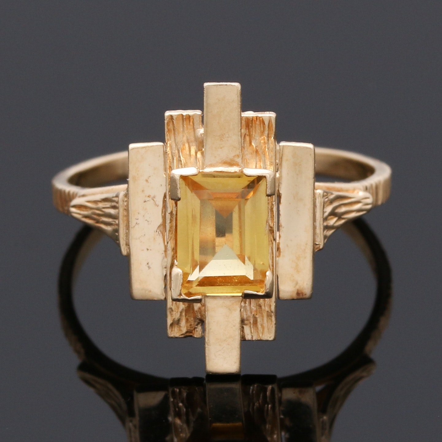 14K Yellow Gold Yellow Sapphire Ring