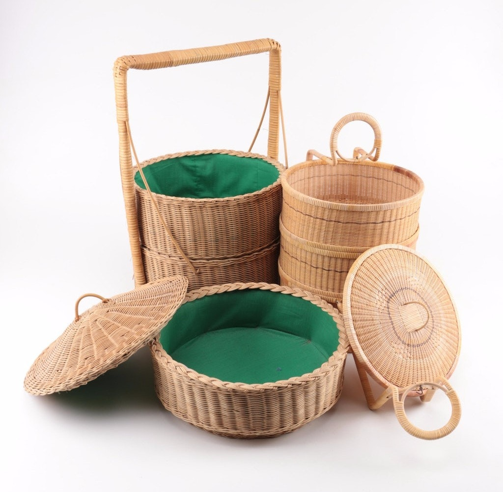 Chinese Wedding-Style Woven Baskets