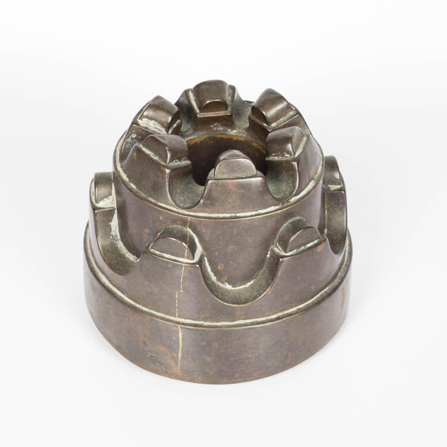 Vintage Gelatin Mold