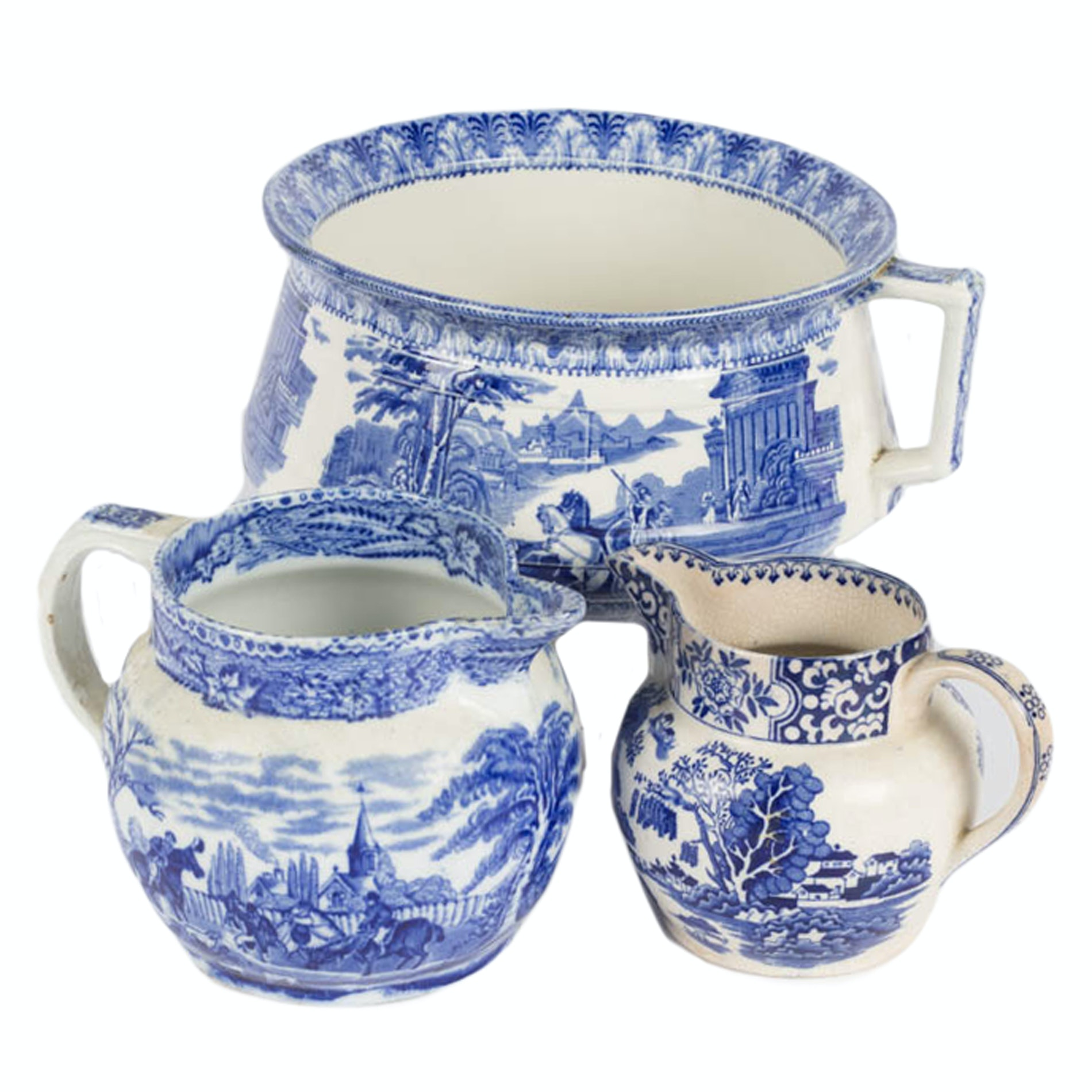 Vintage Chamber Pot and Pitchers