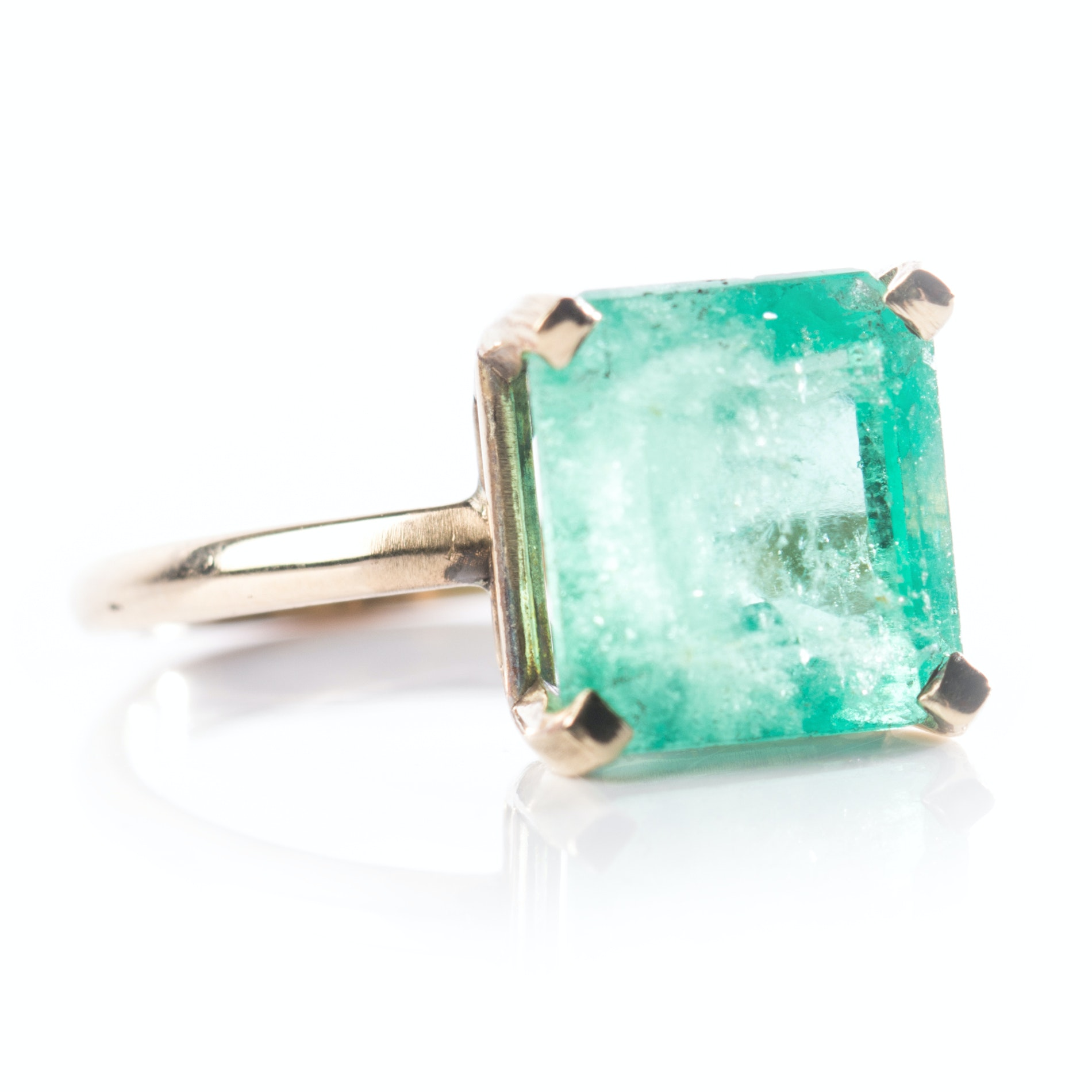 14K Yellow Gold 5.37 CTS Emerald Ring