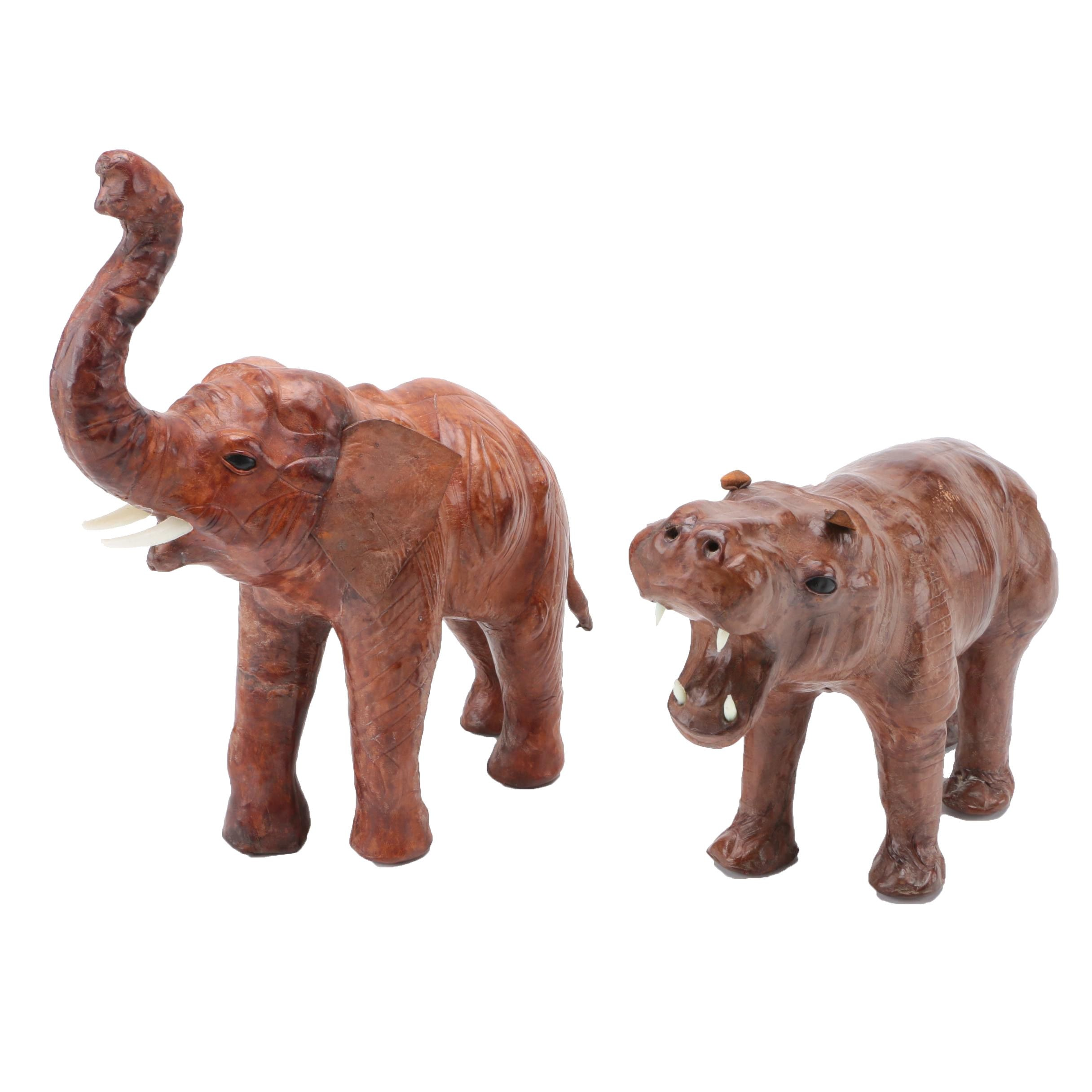 Elephant and hippopotamus wooden figurine