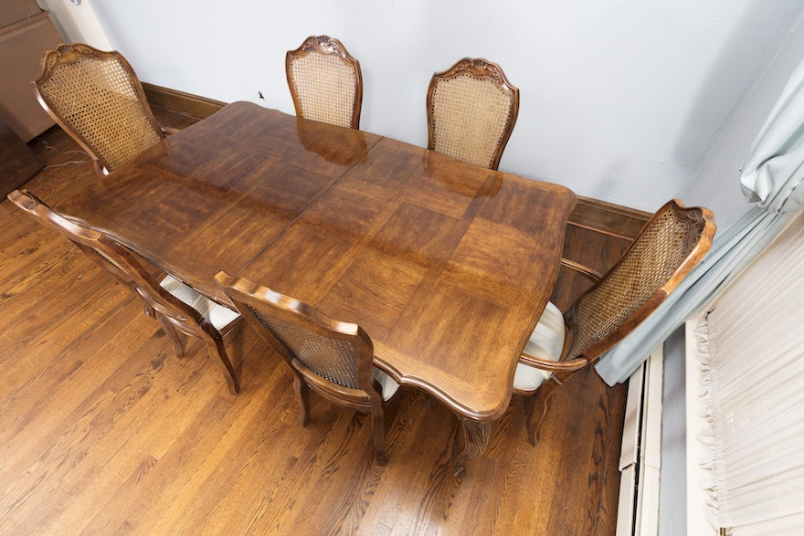 Vintage louis xv style dining table with chairs ebth - Reasons choosing vintage style furniture ...