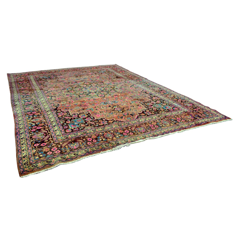 Antique Hand-Knotted Persian Serapi Heriz Rug
