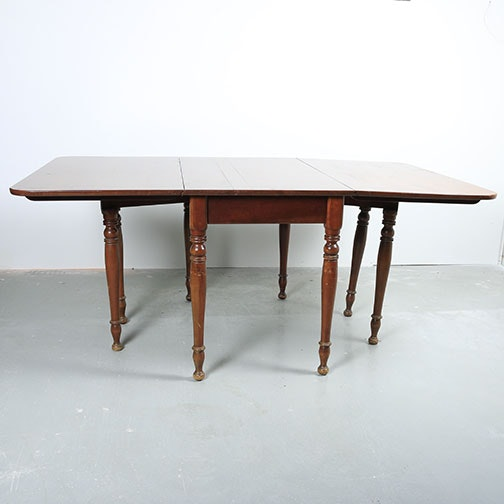 Vintage Sheraton Style Drop Leaf Dining Table