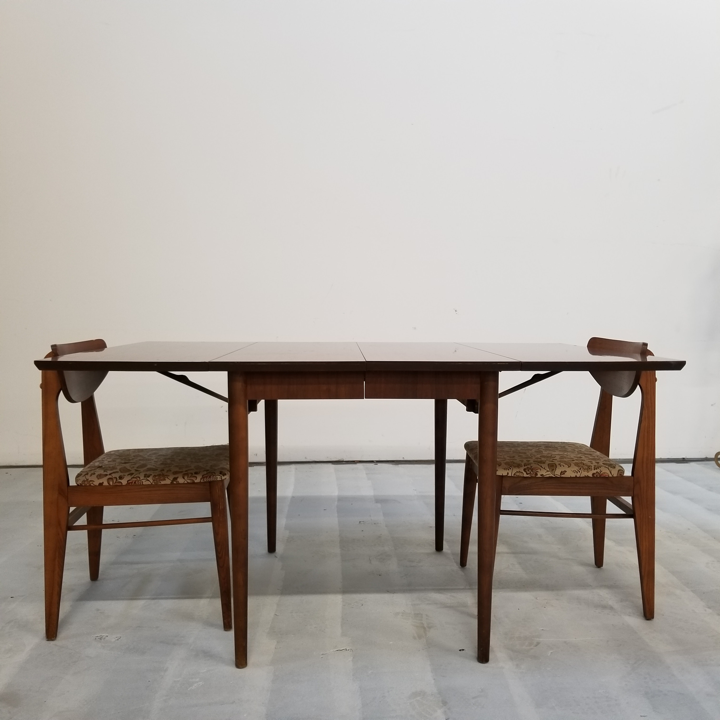 Vintage Mid Century Modern Drop Leaf Table and Chairs