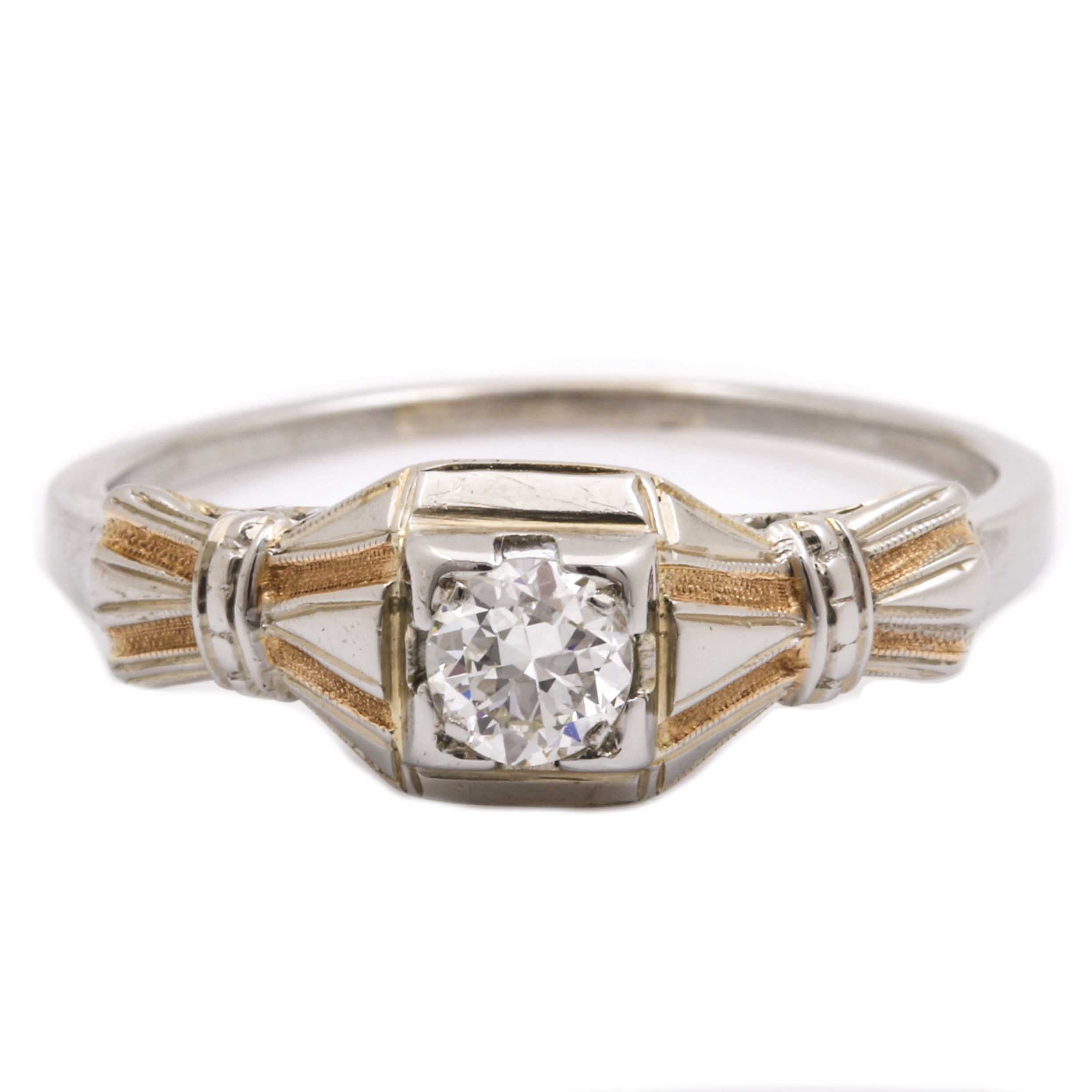 18K White Gold 0.23 CT Vintage Diamond Ring