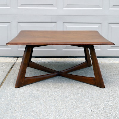 Mid Century Modern Haywood Wakefield Walnut Coffee Table. Online Furniture Auctions   Vintage Furniture Auction   Antique