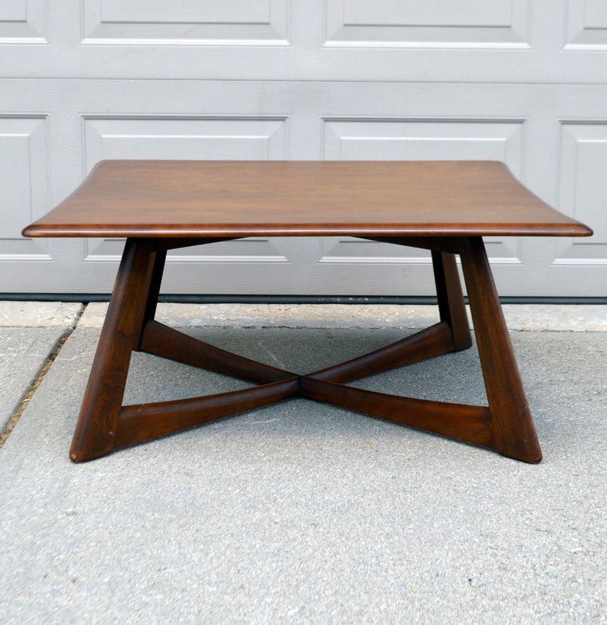 Mid Century Modern Heywood Wakefield Walnut Coffee Table