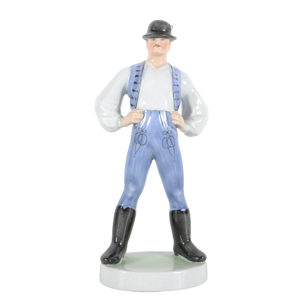 Herend Porcelain Figurine Of A Man With Hat