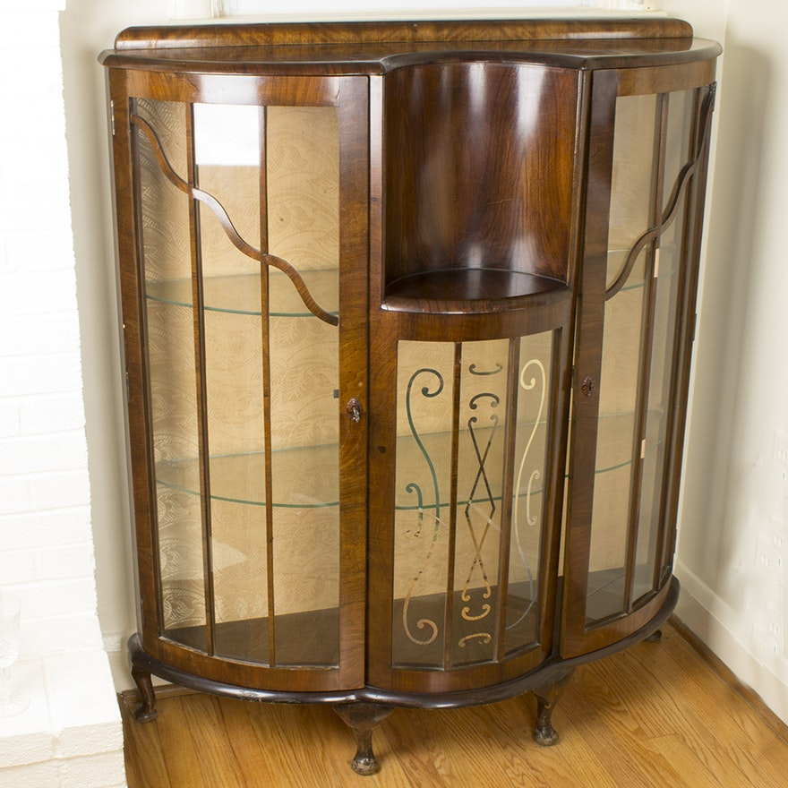 Vintage Bow Front Glass and Maple Veneer Curio Cabinet ... - Vintage Bow Front Glass And Maple Veneer Curio Cabinet : EBTH