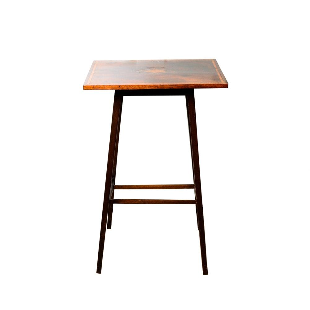Vintage Mahogany End Table ...