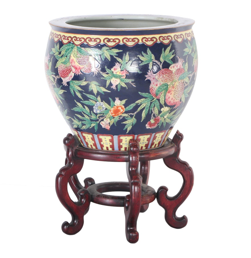 Asian fish pot and stand