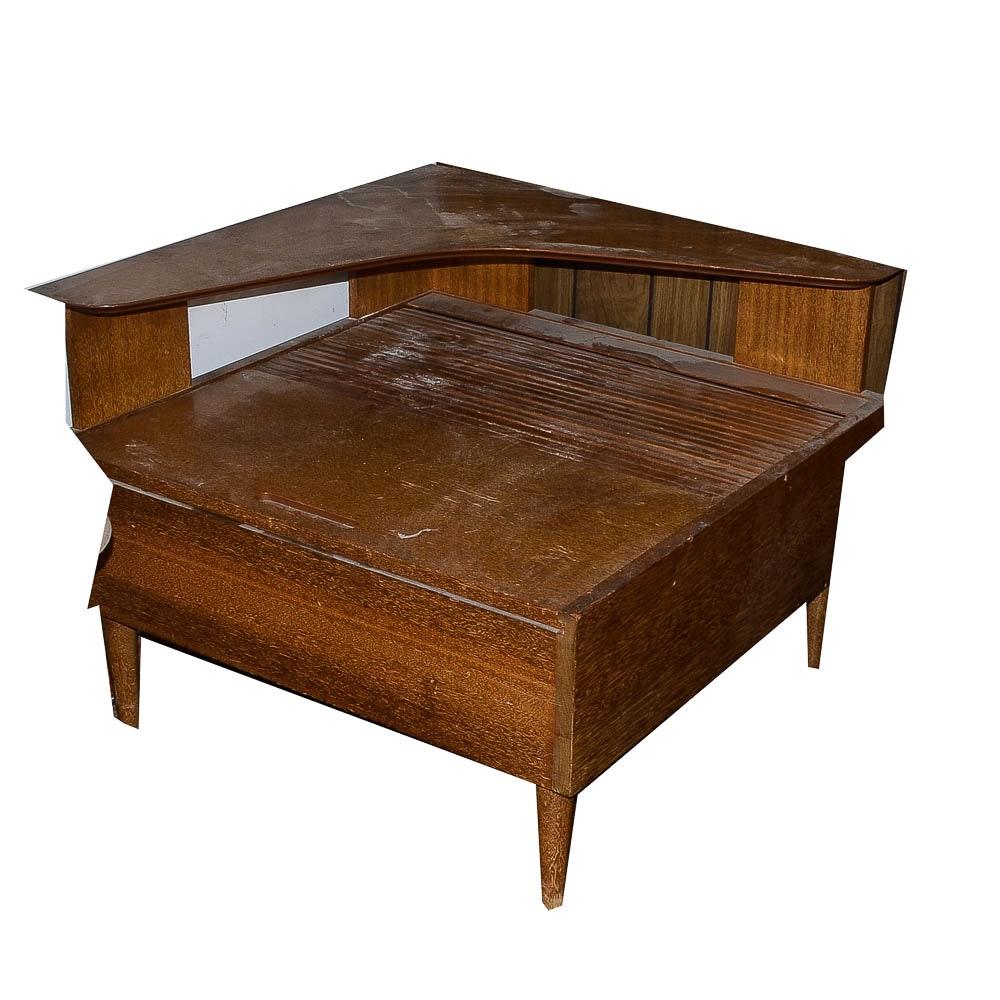 Vintage Mid Century Modern Corner End Table Ebth