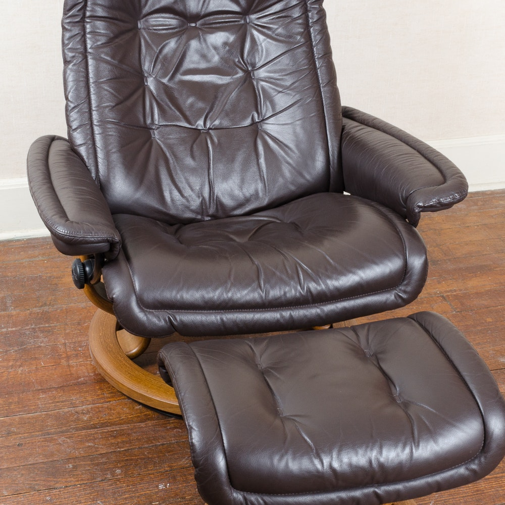 ekornes stressless recliner with ottoman ebth. Black Bedroom Furniture Sets. Home Design Ideas