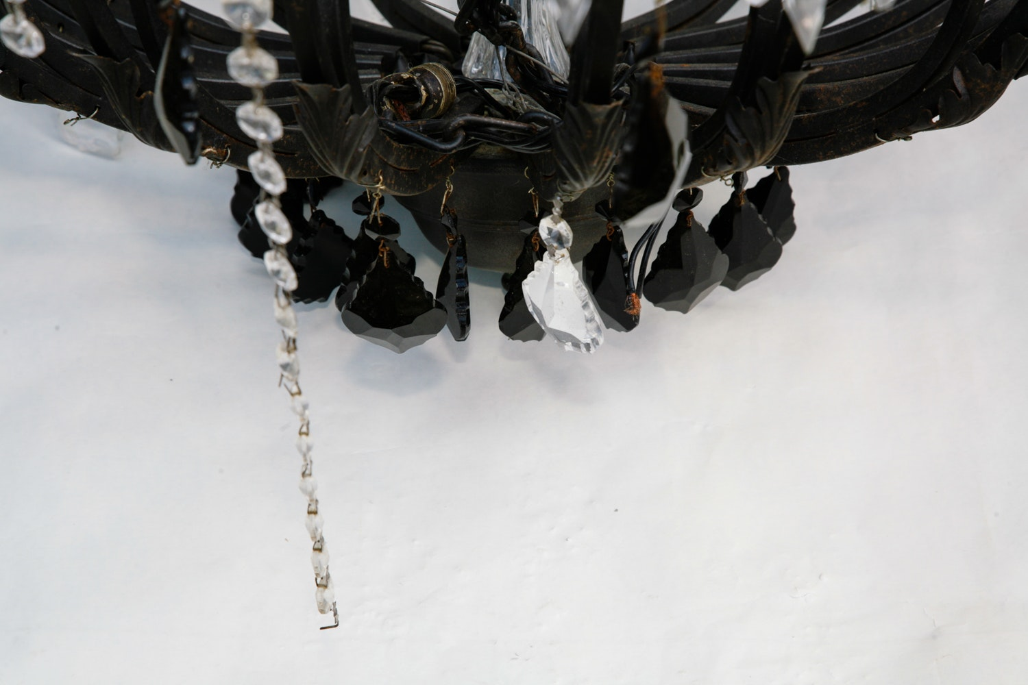 Maria Theresa Style Chandelier With Black And Colorless