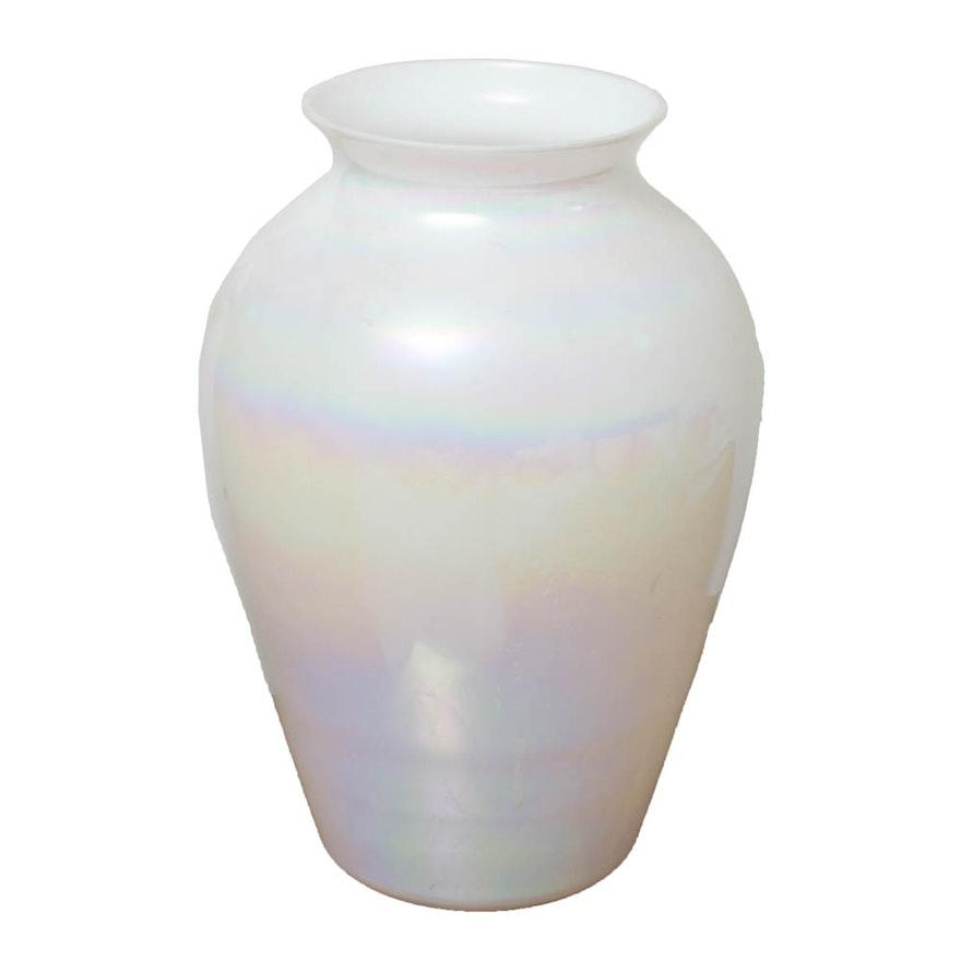 American Hand Blown Glass Vase Ebth