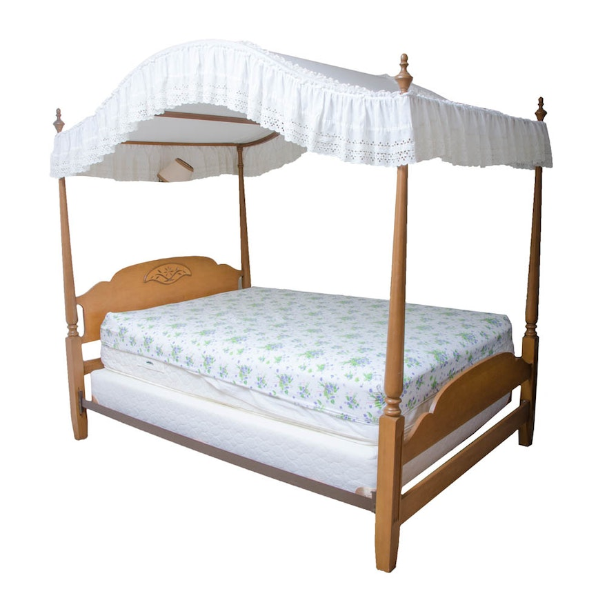 vintage full size tall poster bed frame with canopy ebth. Black Bedroom Furniture Sets. Home Design Ideas