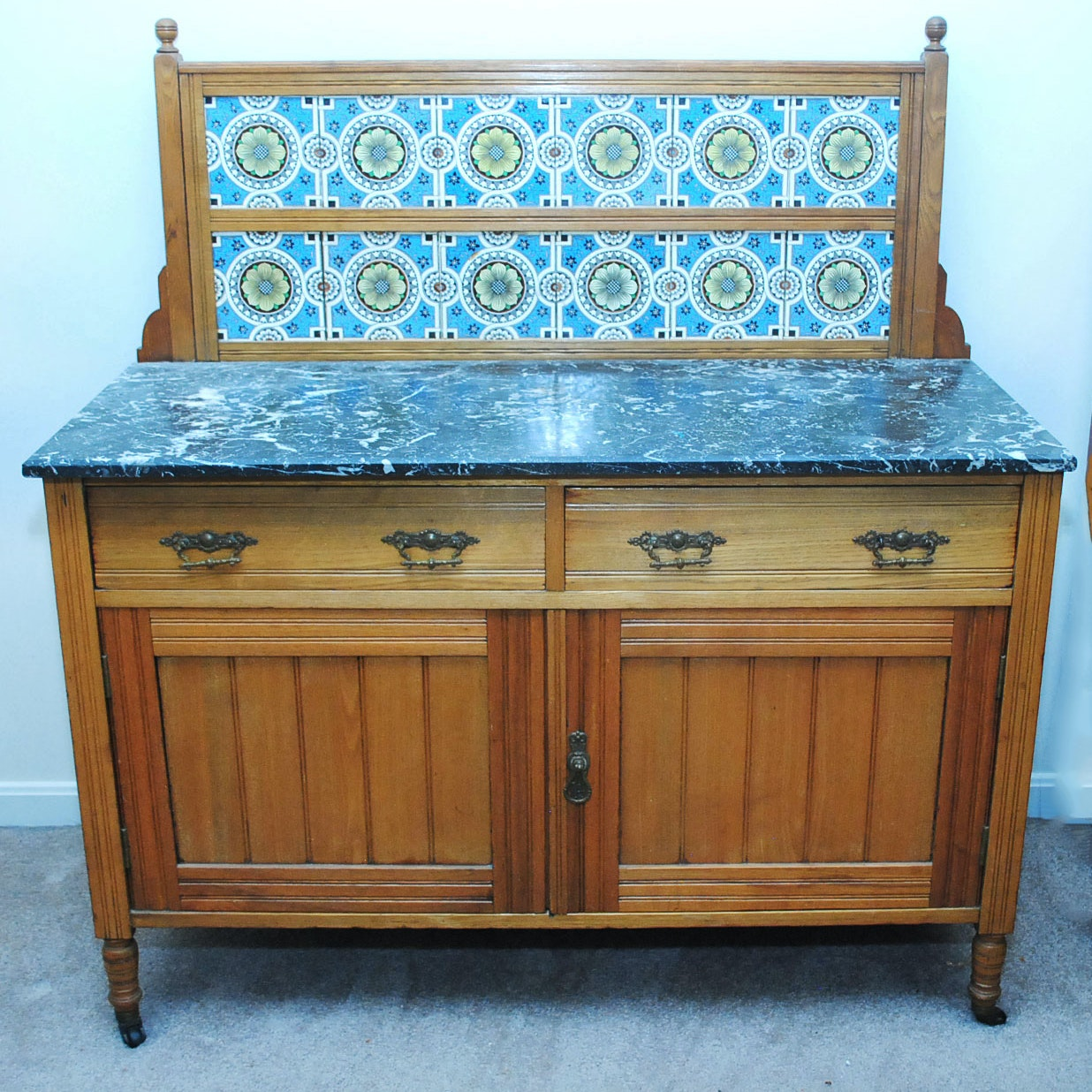 Antique Eastlake Style Wash Stand