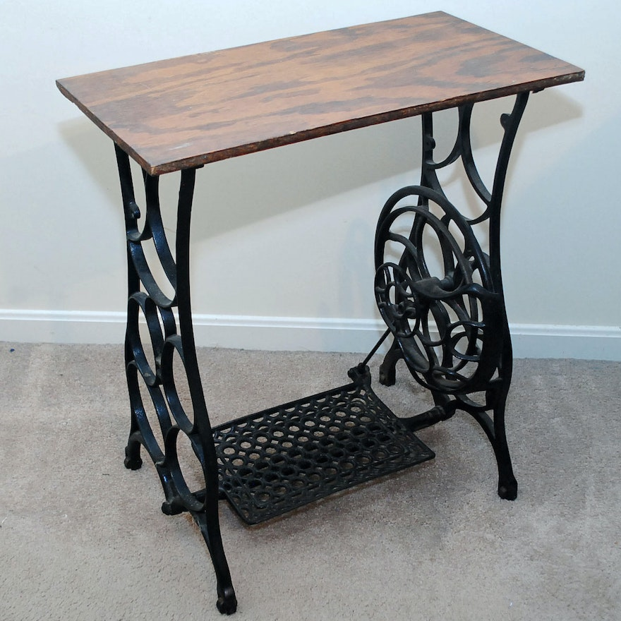 Vintage Cast Iron Sewing Machine Base Table EBTH Interesting Sewing Machine Stands