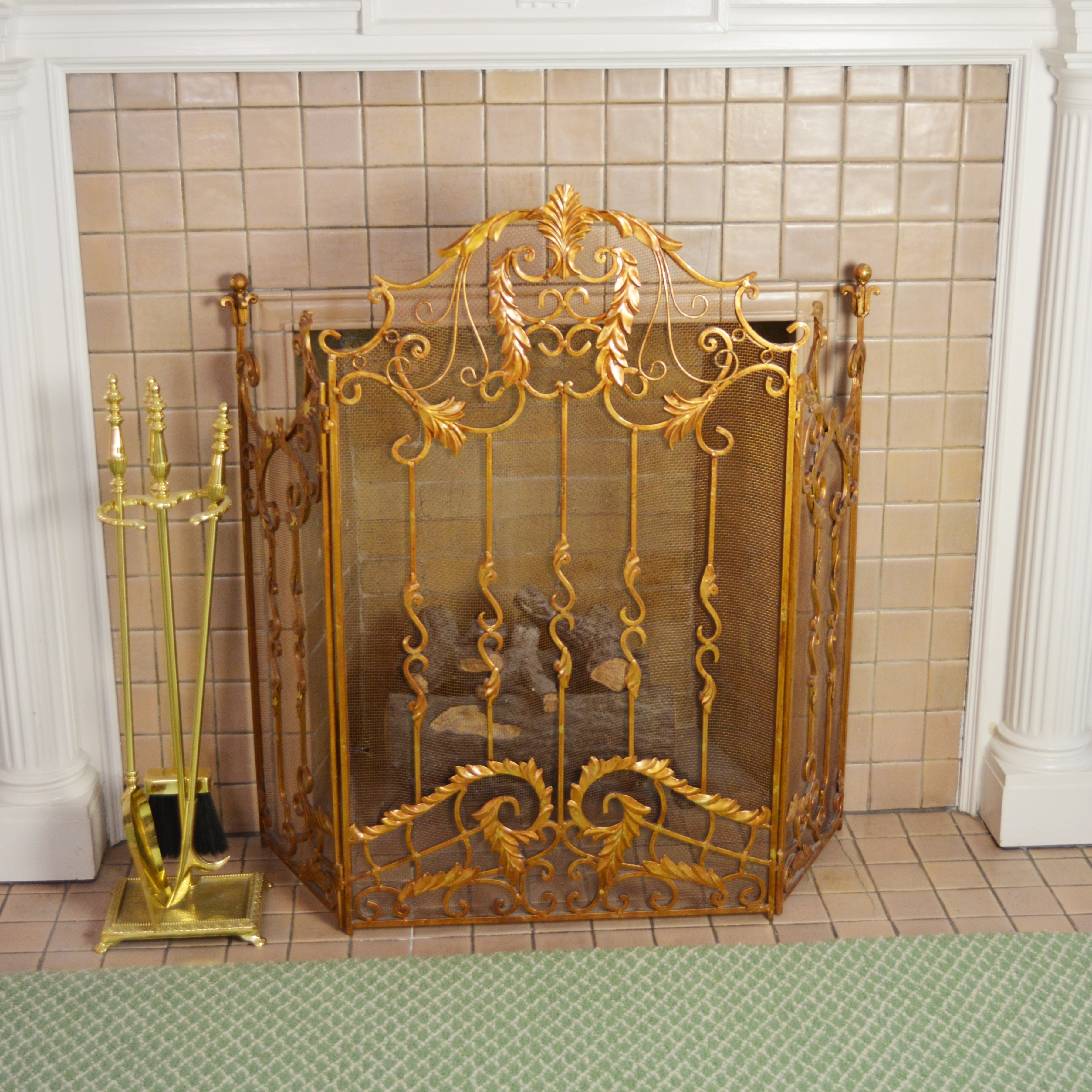 Bronze Tone Laurel Leaf Fireplace Screen and Tools : EBTH