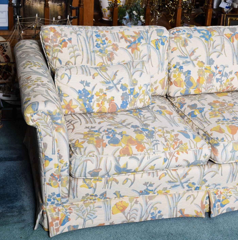 Vintage Floral Print Sectional Sofa With Ottoman Ebth