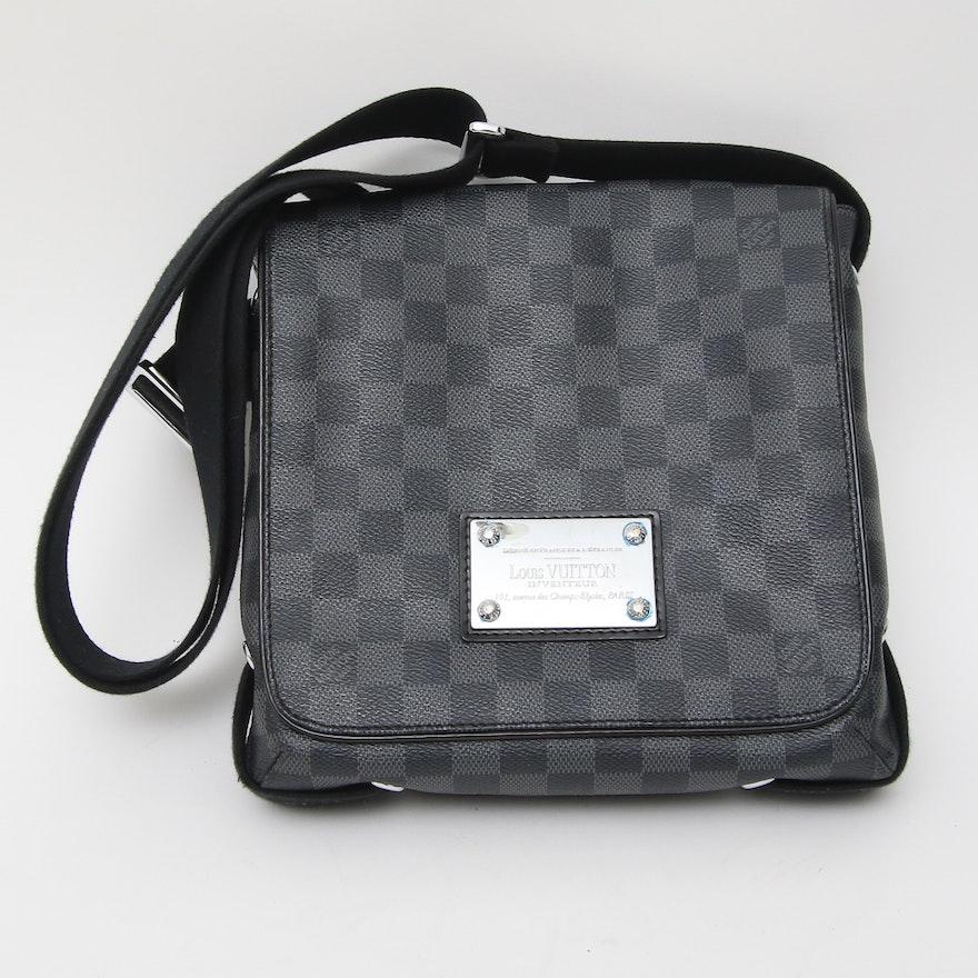 bc0c58af5bb99 Louis Vuitton
