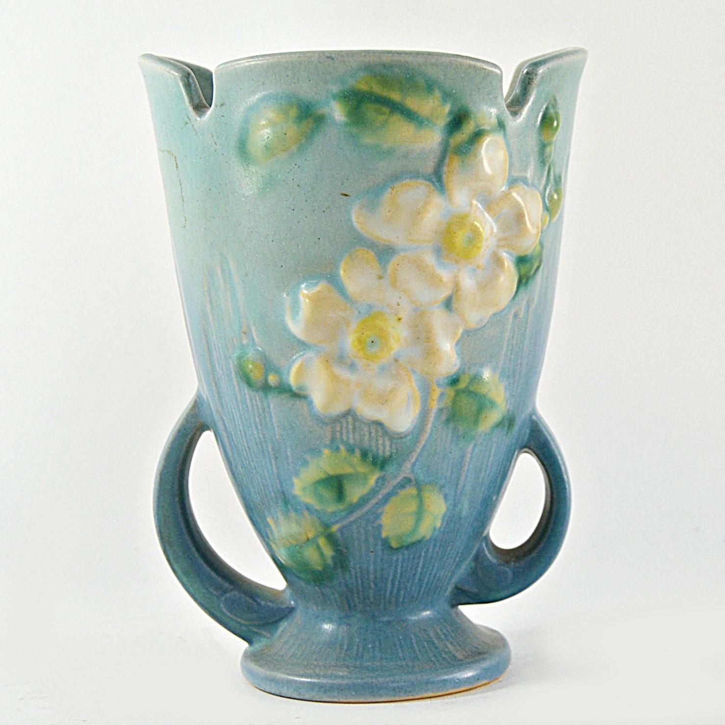 """Vintage Roseville Pottery """"White Rose"""" Vase"""