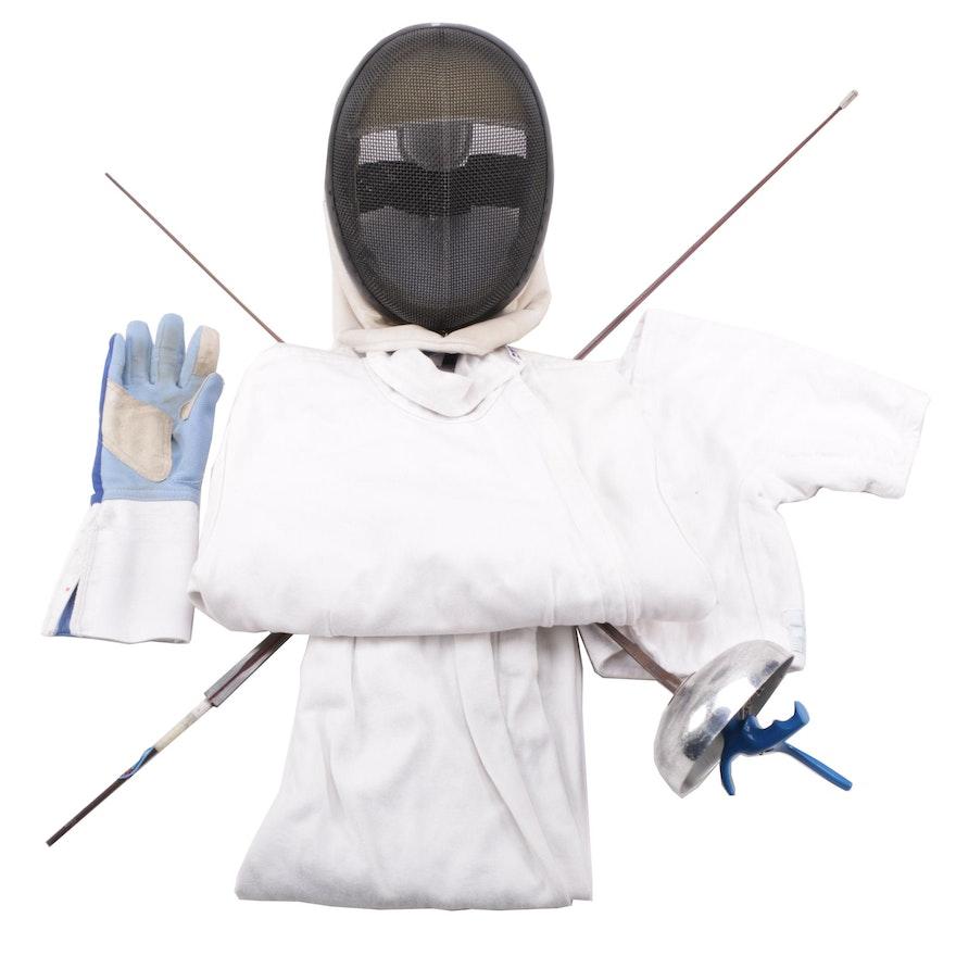 Fencing Equipment Set by Blue Gauntlet : EBTH