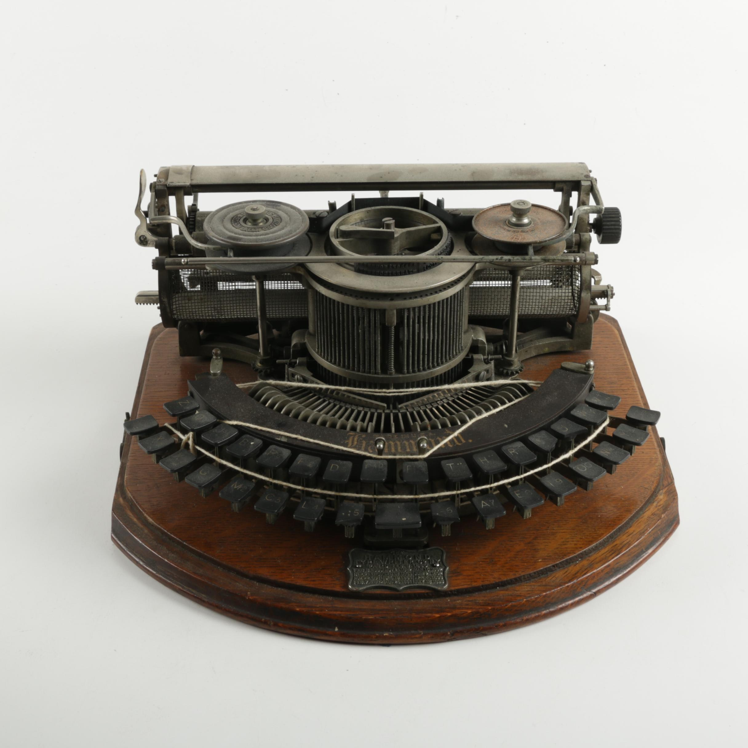 Hammond Typewriter 1b by James Hammond c.1880s