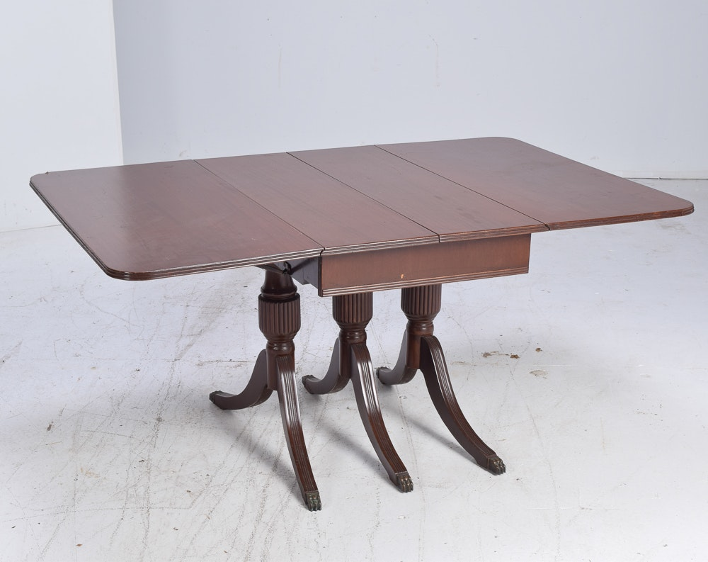 Duncan Phyfe Style Walnut Veneer Drop-Leaf Table