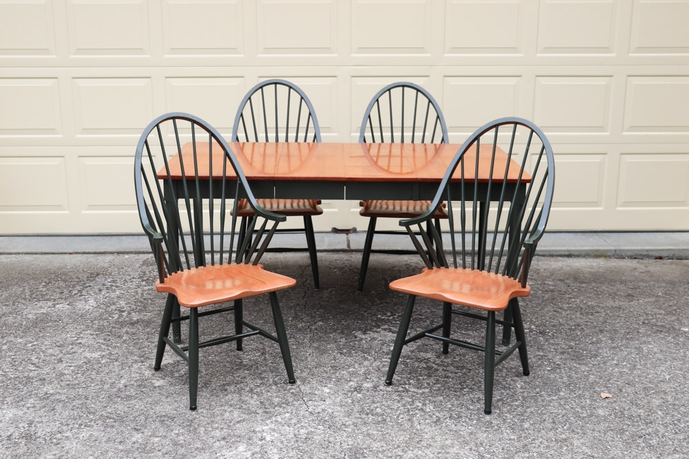 Country Style Dining Table with Extension Leaves and Chairs