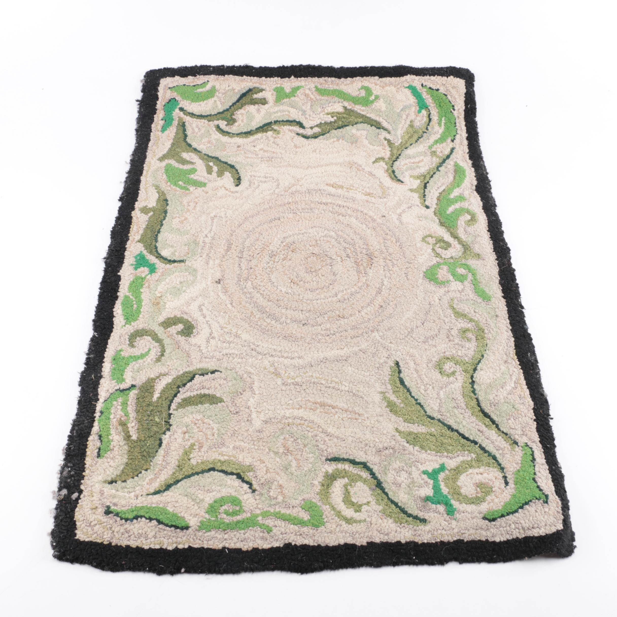 Hooked Floral Accent Rug