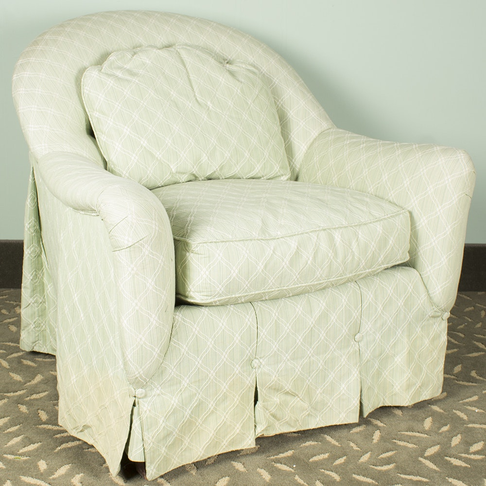 Barrel Back Upholstered Chair