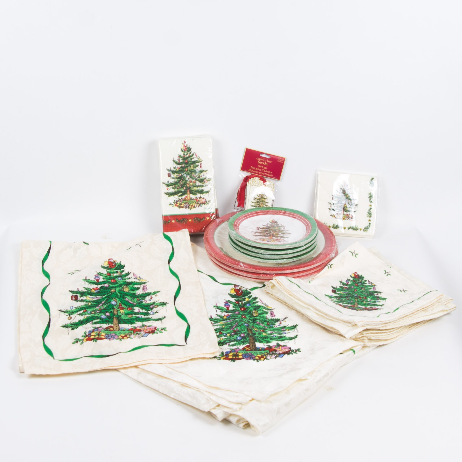 Spode Christmas Tree Table Cloths Napkins u0026 Paper Plates ... & Spode Christmas Tree Table Cloths Napkins u0026 Paper Plates : EBTH